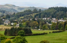Strathblane from Dunglass (photo blueskyscotland.blogspot.com)
